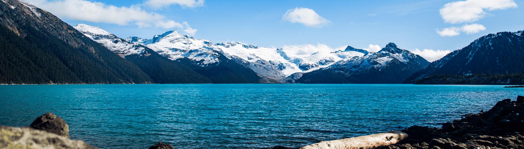 Le lac Garibaldi dans toutes ses couleurs. Probablement l'un des plus beaux lacs du Canada.